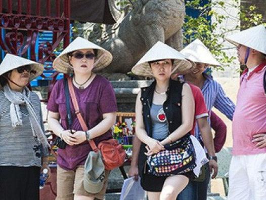 Khách Hàn Quốc đến Việt Nam tăng gần 70%