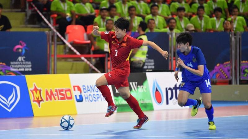 doi tuyen futsal nu viet nam thua cay dang thai lan tren cham 11m