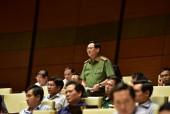 Quốc hội tranh luận 'nên hay không nên tiếp nhận tố cáo bằng điện thoại, email'