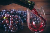 Phát hiện 'thần dược' trị cao huyết áp trong rượu vang đỏ
