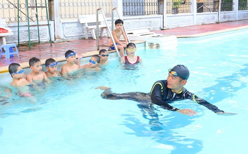 Học bơi không chỉ để nâng cao sức khỏe