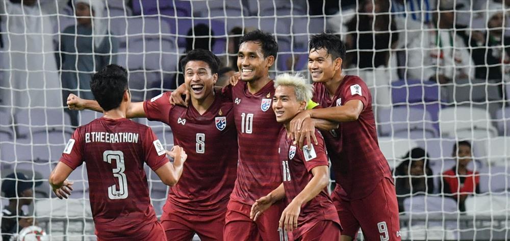 Thái Lan gặp nguy trước trận quyết đấu với Việt Nam tại King's Cup