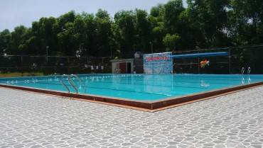 Đi học bơi, bé 10 tuổi chết đuối thương tâm