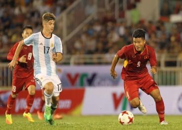 Đội tuyển Việt Nam không có trung phong để đấu Jordan