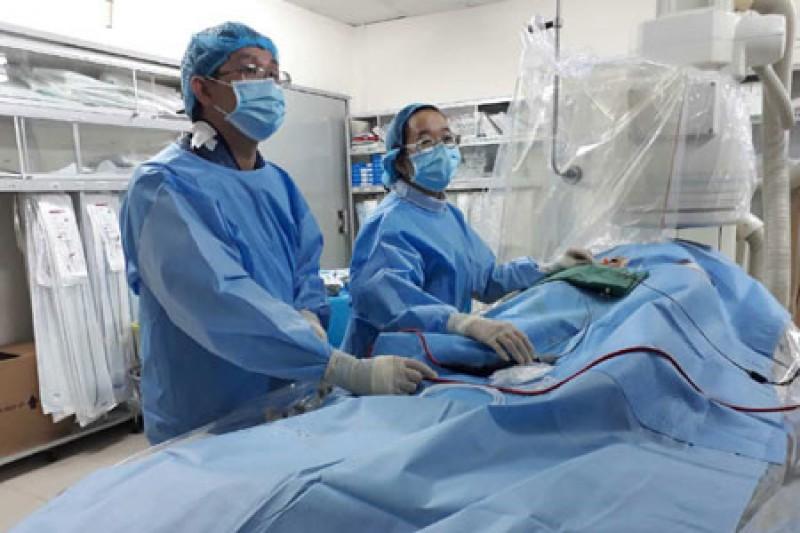 Bị chứng hoa mắt chóng mặt, bà cụ được phát hiện bệnh tim hiếm gặp