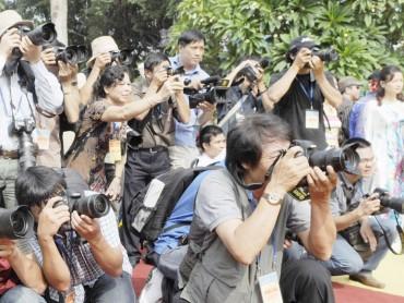 Cần thêm cơ chế bảo vệ nhà báo