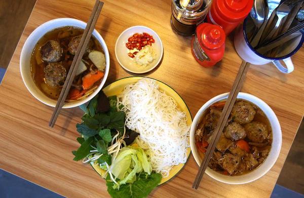 Những món ngon 'chất lừ' của Việt Nam được báo nước ngoài ca ngợi