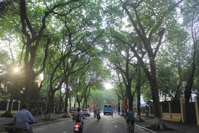 Hà Nội: 3/10 khu vực có chất lượng không khí tốt