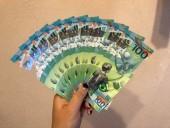 Giá đắt gấp 10 lần vẫn đua nhau săn tờ 100 Rúp Nga kỷ niệm World Cup