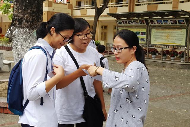 Chấm thi trắc nghiệm THPT quốc gia 2018: Phát hiện hàng loạt lỗi bài thi qua quét ảnh