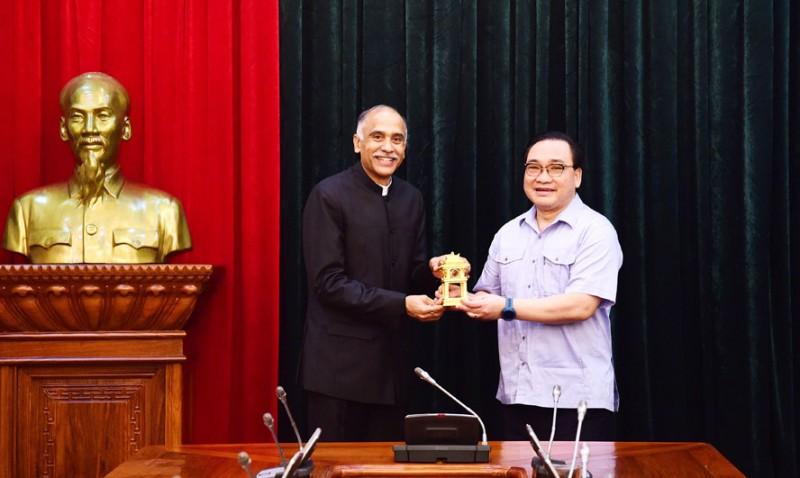 Hà Nội tiếp tục đẩy mạnh hợp tác với Ấn Độ