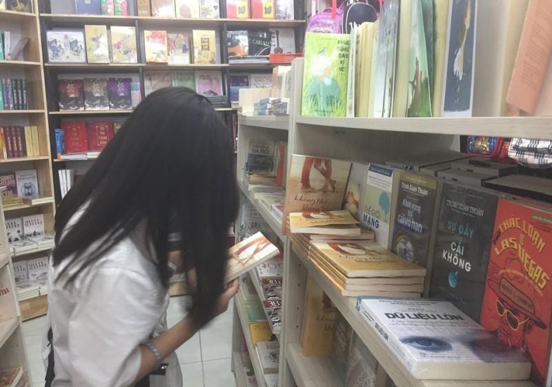Thị trường sách trăm hoa đua nở: Góc nhìn từ văn hóa đọc