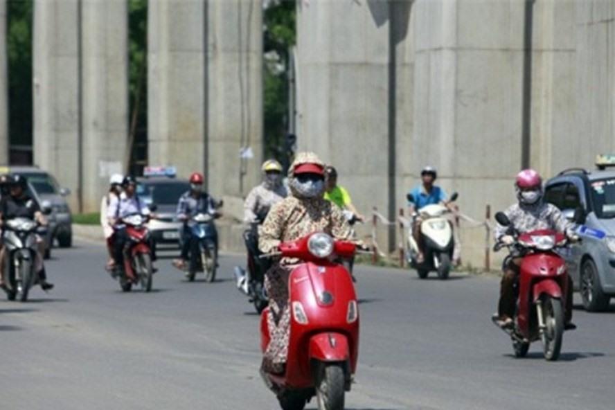 Miền Bắc và Thủ đô Hà Nội hôm nay tiếp tục tăng nhiệt, nắng hơn 40 độ C