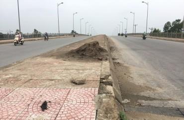 Dự án Đường trục phía Nam: Thi công ì ạch mất an toàn giao thông