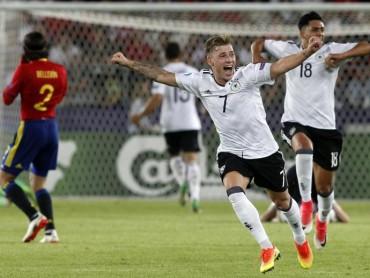 Siêu phẩm của Weiser giúp Đức lần thứ 2 lên đỉnh U21 châu Âu