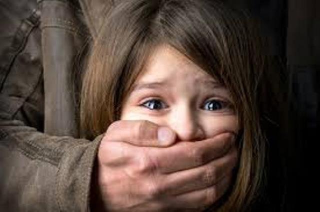 6 kỹ năng quan trọng cha mẹ cần dạy con để không bị bắt cóc