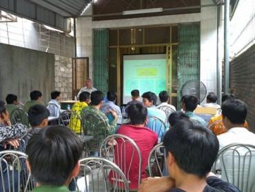 Nhiều biện pháp thiết thực bảo vệ người lao động