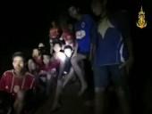 Cách đội bóng Thái Lan cầm cự sau 9 ngày mắc kẹt trong hang tối