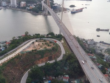 Hầm đường bộ qua vịnh Cửa Lục sẽ được xây dựng theo phương án thiết kế nào?