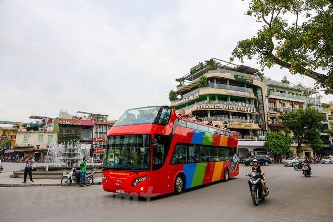 Hà Nội: Sở GTVT nói gì về thêm một tuyến xe buýt mui trần nội đô?