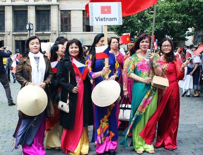 Việt Nam - điểm nhấn của sự kiện quảng bá văn hóa châu Á tại Slovakia