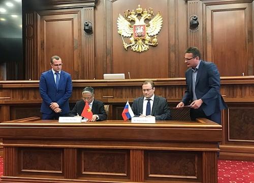 Nga sẽ tiếp nhận 20.000 lao động Việt mỗi năm