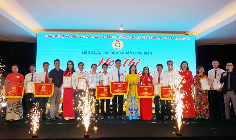 Nhìn từ Công đoàn quận Long Biên