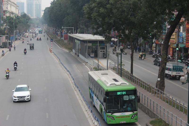 Ưu tiên phát triển hệ thống vận tải công cộng ở Hà Nội: Cần đổi mới từ tư duy