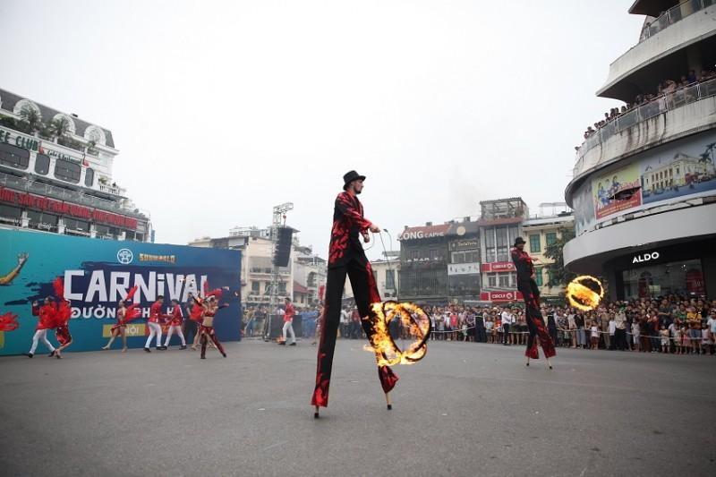 nguoi dan thu do hao huc chiem nguong carnival duong pho ha noi 2019