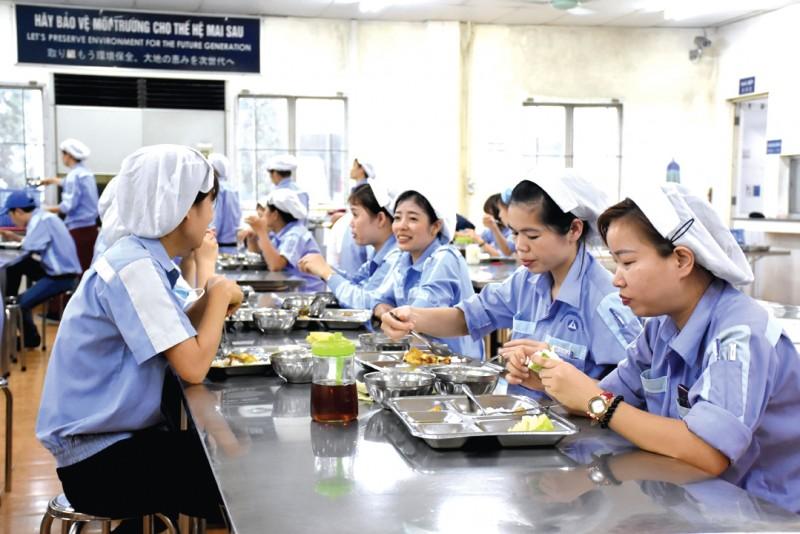 thoa uoc lao dong tap the giup nguoi lao dong huong loi cao hon