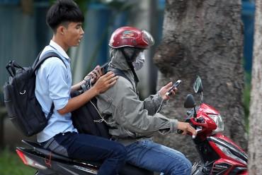 Những ẩn họa nguy hiểm khi chơi Pokemon Go ở Việt Nam