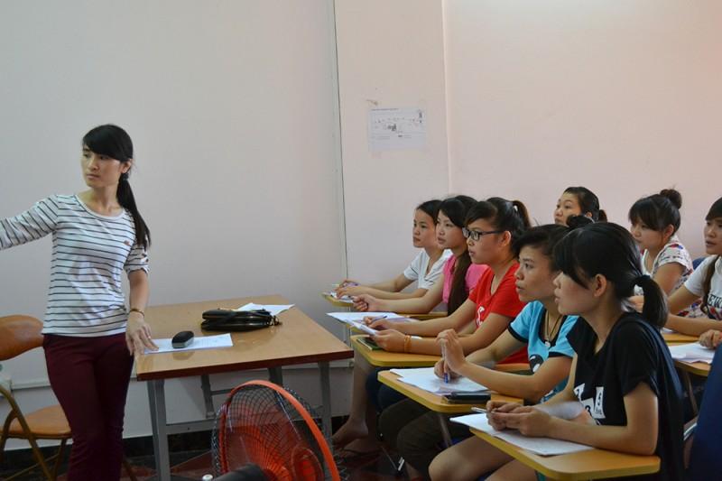 Nhân sự Việt Nam: Mất cơ hội vì ngoại ngữ kém