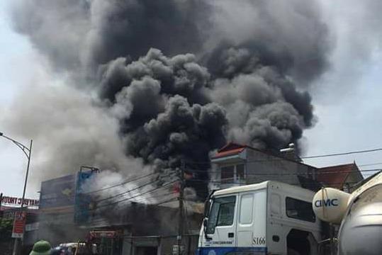 Vụ cháy làm 8 người chết: Khởi tố vụ án, bắt khẩn cấp thợ hàn xì