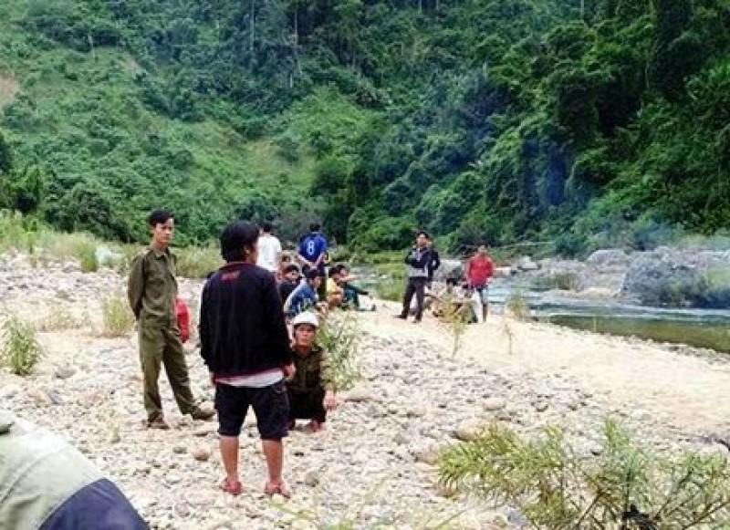 Một thanh niên chết đuối thương tâm trên sông Đắc Rinh