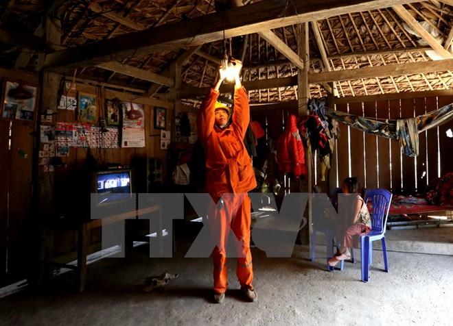 Công khai tình hình sử dụng điện tại các cơ quan, công sở