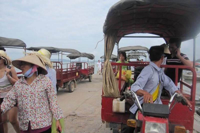 Khai tử trên 300 xe lam tại các đảo du lịch Vân Đồn