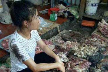 Vụ hắt dầu luyn vào phản thịt lợn: Hai bị cáo lĩnh 9 tháng tù án treo
