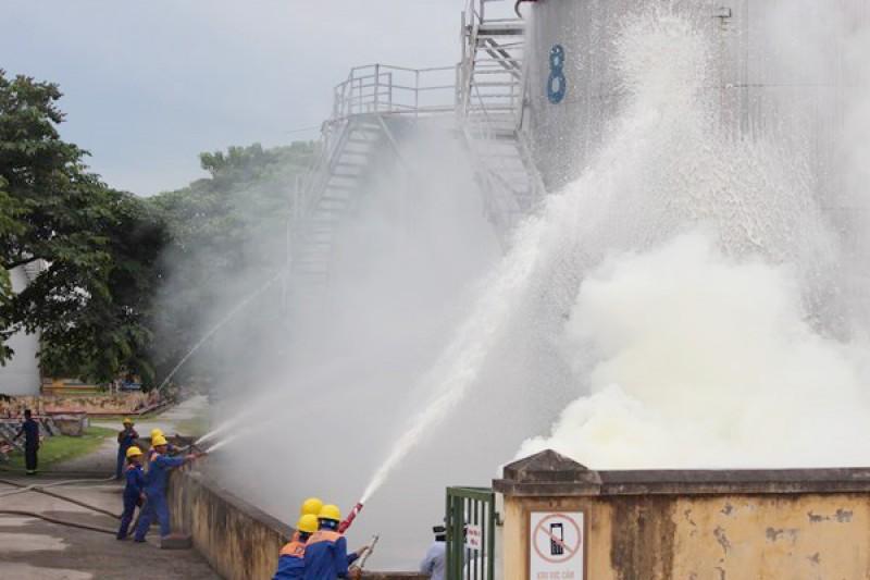 Chủ động các tình huống phòng chống cháy, nổ kho xăng dầu
