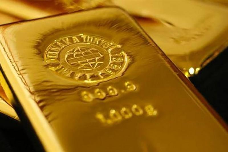 """Giá vàng hôm nay 29.8: """"chọc đỉnh"""" cao nhất trong 10 tháng, nhà đầu tư """"ồ ạt"""" mua vào"""