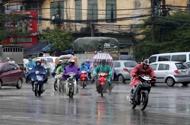 Khu Đông Bắc và Việt Bắc có nơi mưa rất to, khả năng xảy ra tố lốc