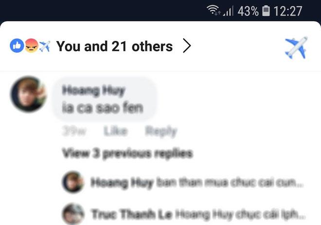 bi an chiec may bay an trong nut like cua facebook