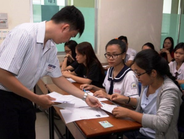 Nhiều cơ hội xét tuyển đại học bổ sung cho thí sinh trượt đợt một