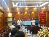 Ủng hộ ngành Y tế tỉnh Yên Bái khắc phục hậu quả mưa lũ