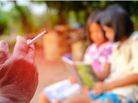 Nguy cơ khó lường của khói thuốc thụ động đối với trẻ em