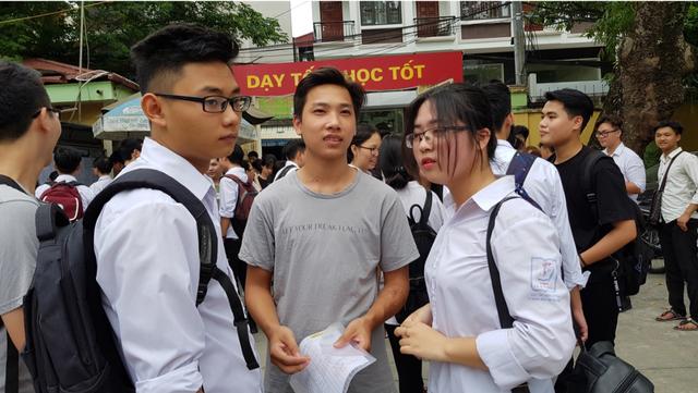 Tại sao lại cần duy trì kì thi THPT quốc gia?
