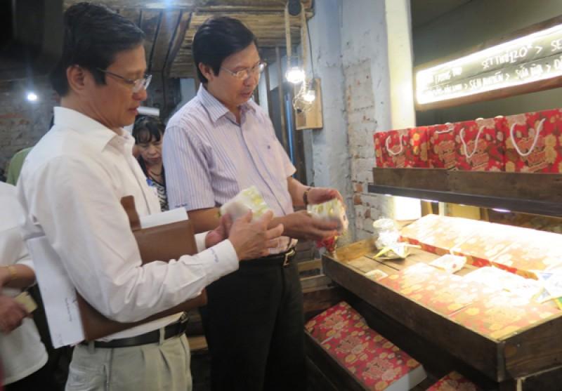Không để tồn tại các cơ sở sản xuất bánh trung thu không phép