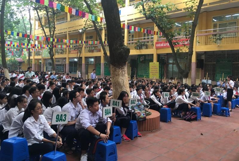 Thành phố Hà Nội: Phấn đấu 100% học sinh, sinh viên tham gia BHYT