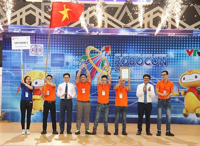 Đội Việt Nam lần thứ 7 vô địch ABU Robocon 2018