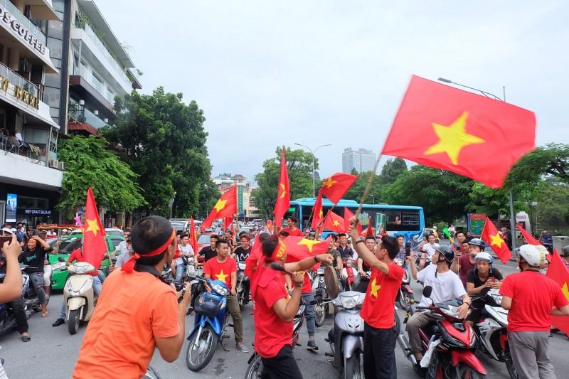 Bản lĩnh Việt Nam trong mùa thu tháng Tám