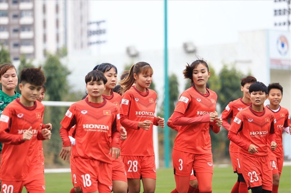 Đội tuyển nữ Việt Nam hội quân chuẩn bị cho vòng loại Asian Cup nữ 2022. Ảnh: VFF